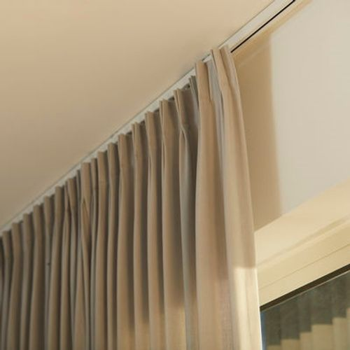 Trilho-cortina-irismo-2